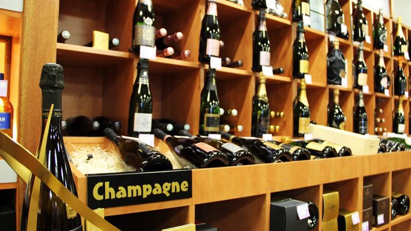 Permalien vers : Champagnes et vins effervescents